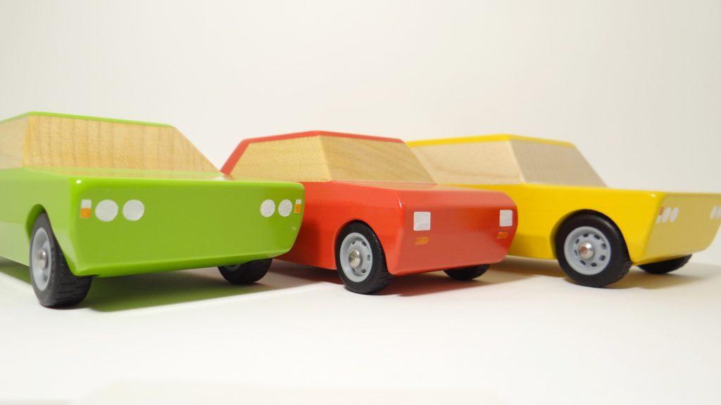 bumbaki drewniane auta zabawkowe