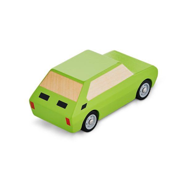 drewniany zielony samochodzik